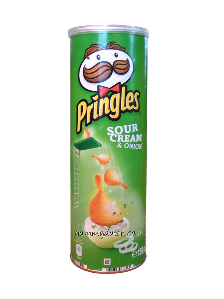 products pringles potato chips  sourcream